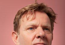 De-roze-revolutie_2021_VPRO_Michiel-van-Erp_Homoseksueel_Programmamaker-